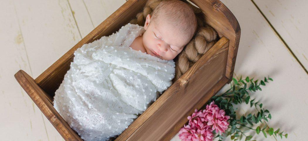 mareike wiesner photography neugeborenenshooting chiara 09 1050x480 - Neugeborenenshooting in Wolfsburg - Chiara