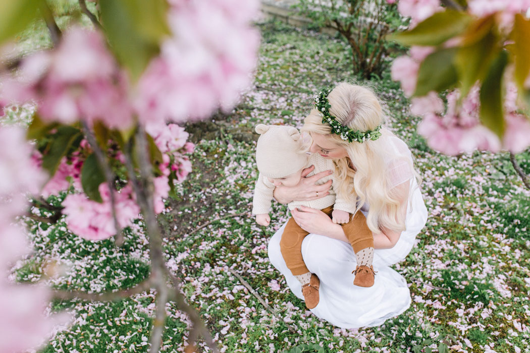 mareike wiesner photography familienshooting kirschblueten 005 - Mommy and me - Kirschblüten in Wolfsburg