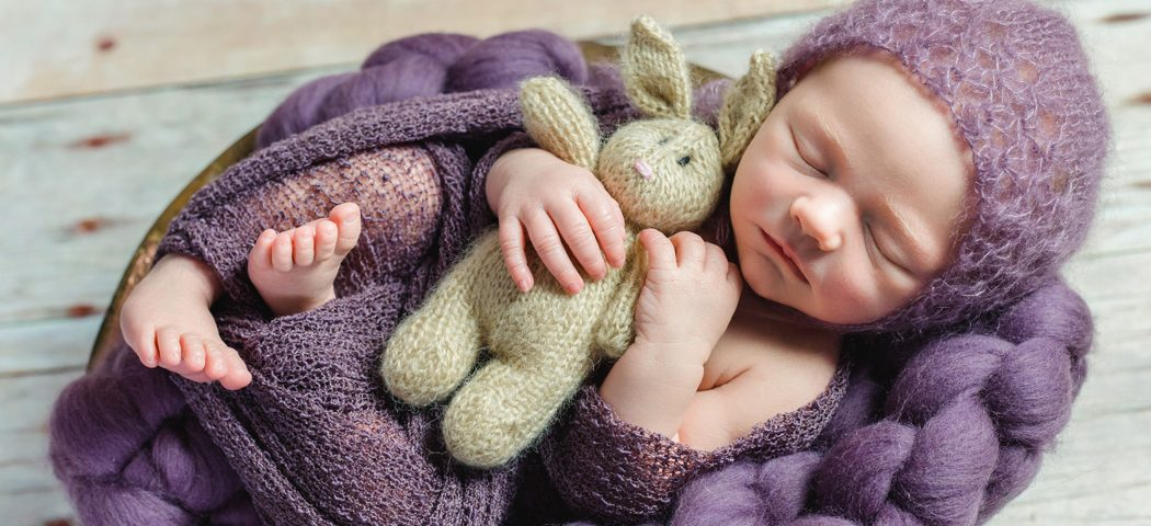 mareike wiesner photography neugeborenenshooting Tilda 001 1050x480 - Neugeborenenshooting in Wolfsburg - Tilda