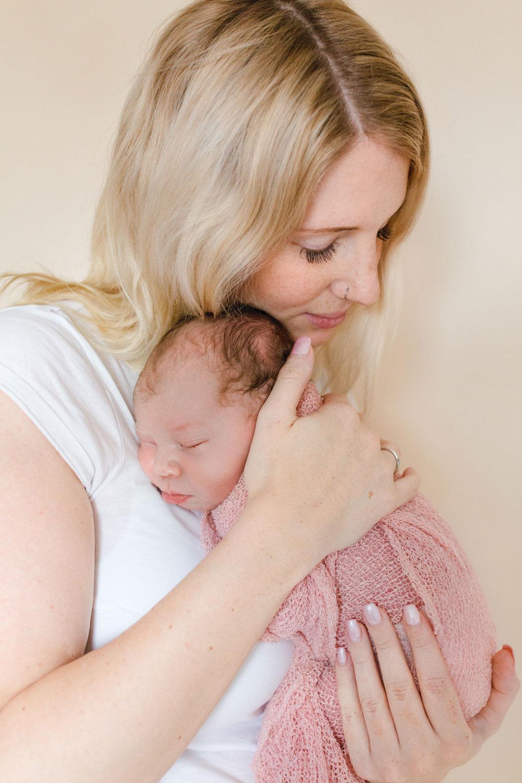 mareike wiesner photography neugeborenenshooting ava louisa 005 - Neugeborene
