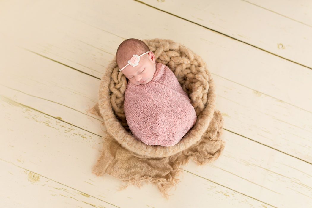mareike wiesner photography neugeborenenshooting kleine maus 001 - Neugeborene