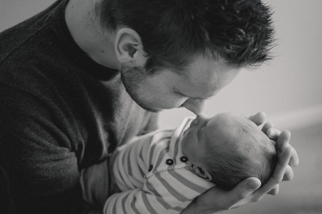 mareike wiesner photography neugeborenen homestory kim dome 051 - Neugeborene