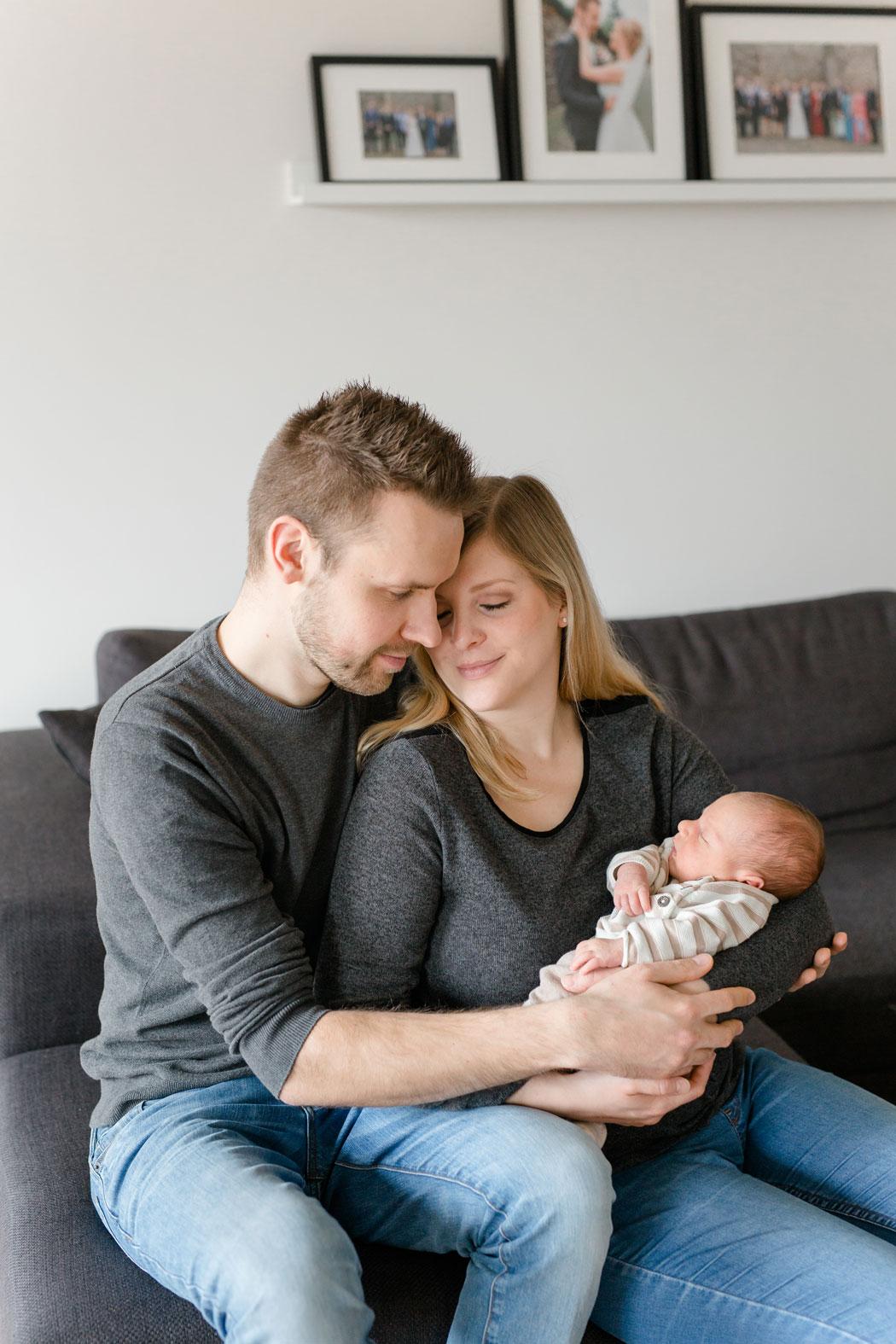 mareike wiesner photography neugeborenen homestory kim dome 055 - Neugeborene
