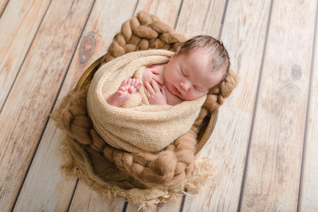 mareike wiesner photography neugeborenenshooting boy wolfsburg 001 - Neugeborenenshooting Wolfsburg - so ein süßes Kerlchen