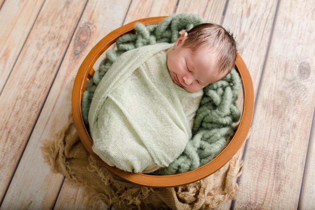 mareike wiesner photography neugeborenenshooting boy wolfsburg 003 - Neugeborenenshooting Wolfsburg - so ein süßes Kerlchen