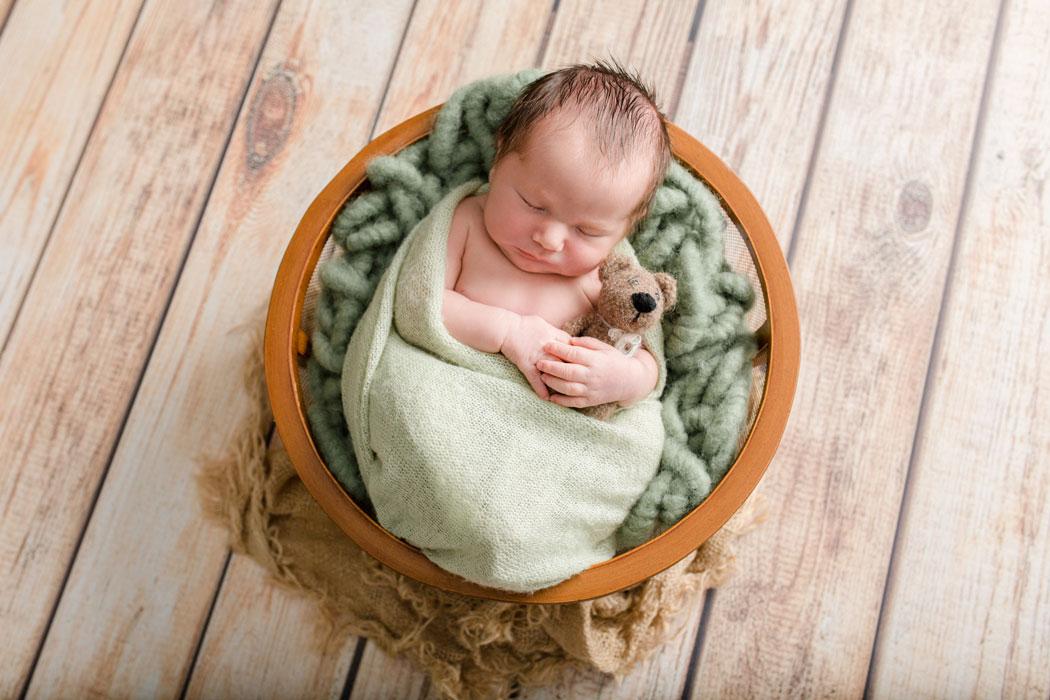 mareike wiesner photography neugeborenenshooting boy wolfsburg 004 - Neugeborenenshooting Wolfsburg - so ein süßes Kerlchen