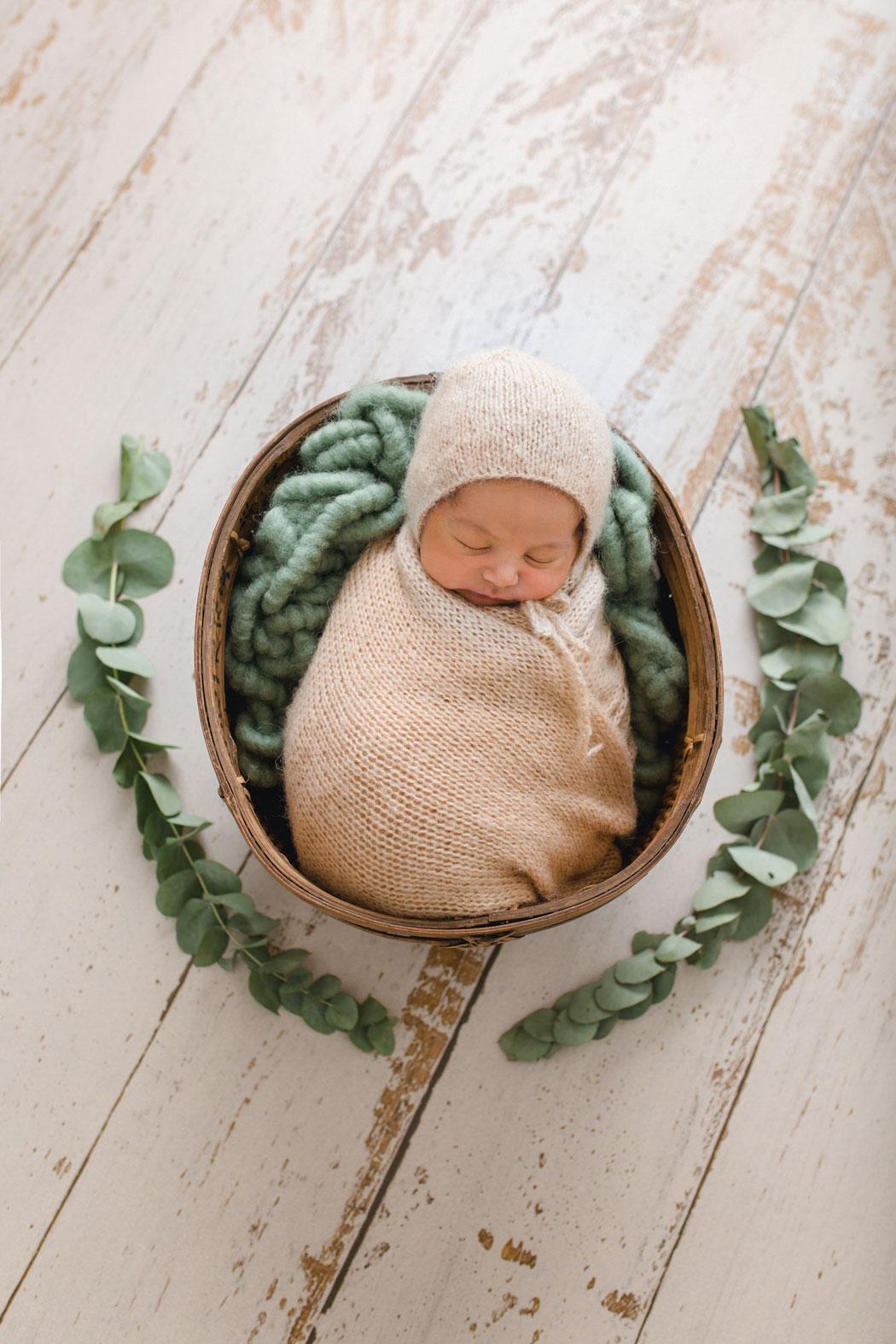 mareike wiesner photography neugeborenenshooting boy wolfsburg 2 002 - Neugeborenenshooting Gifhorn - mit einem Hauch von Eukalyptus