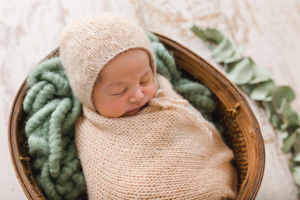 mareike wiesner photography neugeborenenshooting boy wolfsburg 2 003 - Neugeborenenshooting Gifhorn - mit einem Hauch von Eukalyptus