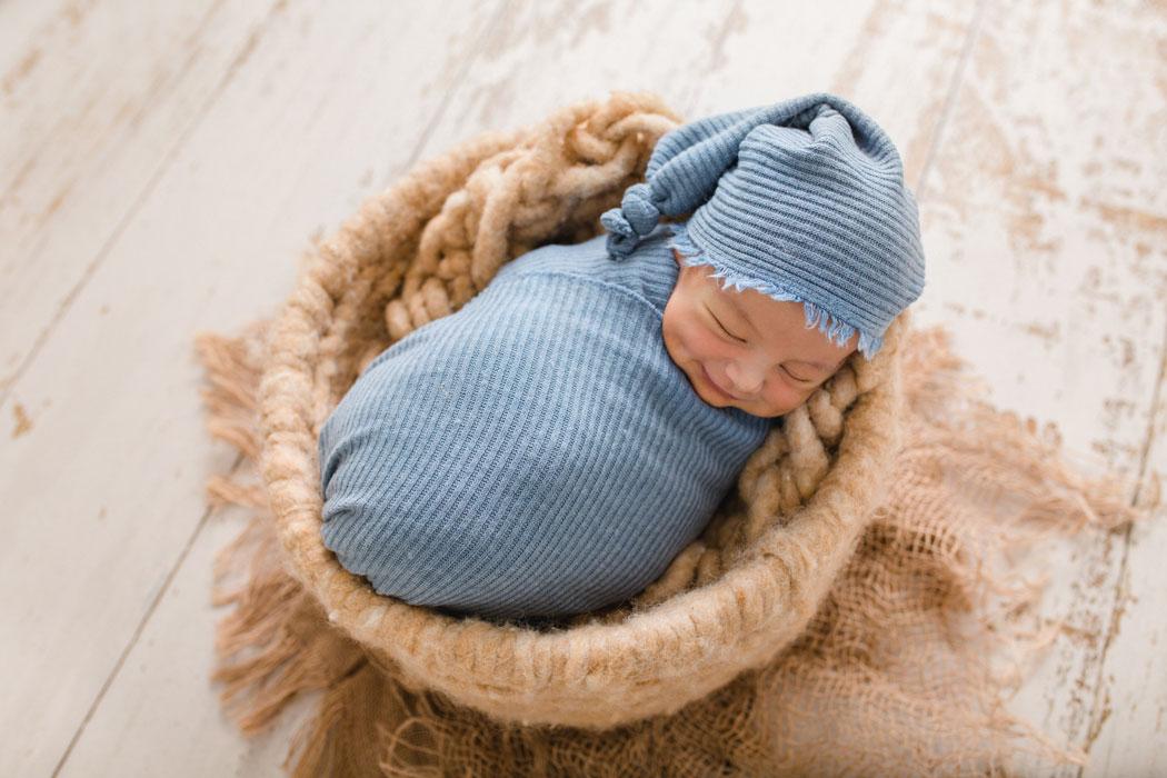 mareike wiesner photography neugeborenenshooting boy wolfsburg 2 015 - Neugeborenenshooting Gifhorn - mit einem Hauch von Eukalyptus