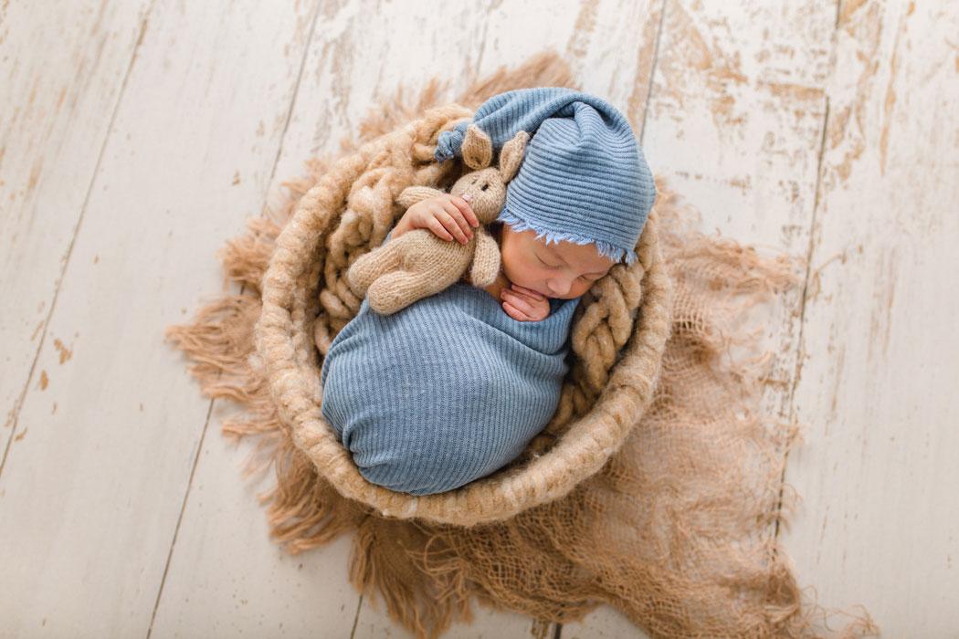mareike wiesner photography neugeborenenshooting boy wolfsburg 2 016 - Neugeborenenshooting Gifhorn - mit einem Hauch von Eukalyptus