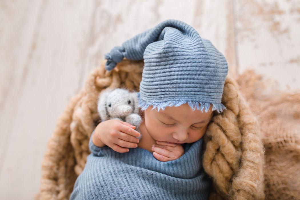 mareike wiesner photography neugeborenenshooting boy wolfsburg 2 017 - Neugeborenenshooting Gifhorn - mit einem Hauch von Eukalyptus