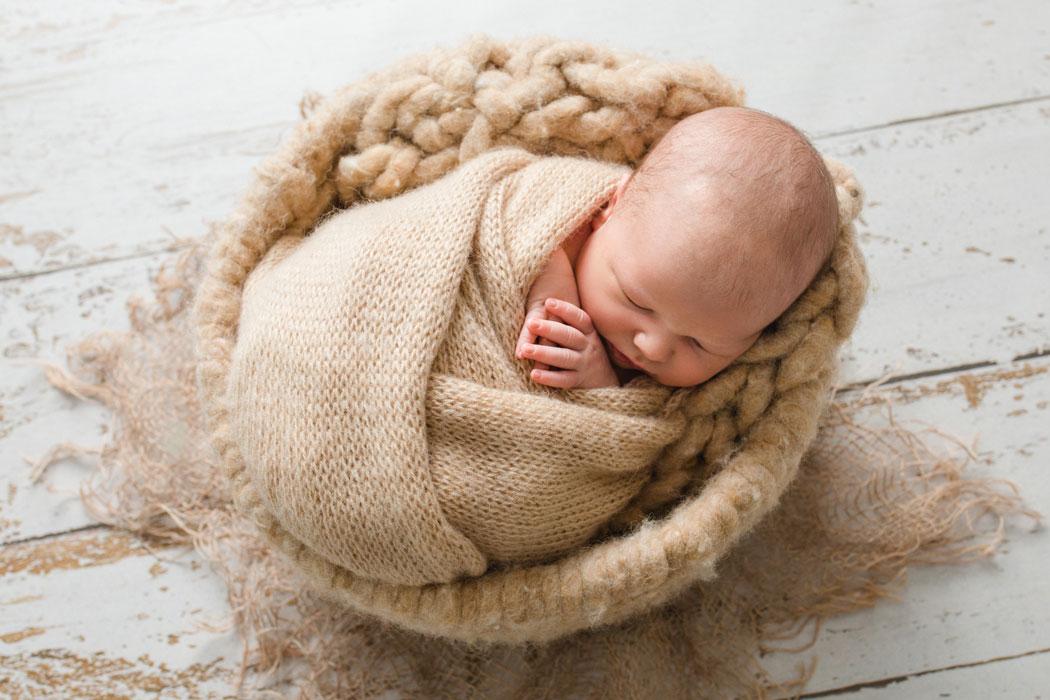 mareike wiesner photography neugeborenenshooting boy  geschwisterkind wolfsburg 008 - Neugeborene